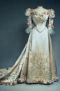 Платья и костюмы в ретро-стиле